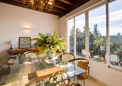 The dining area at Apartamento De Lujo En Marbella, Nueva Andalucía