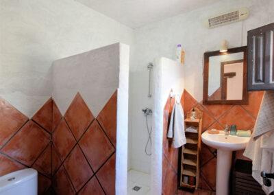 Bedroom #2 en-suite at Casa El Cielo, Almogía