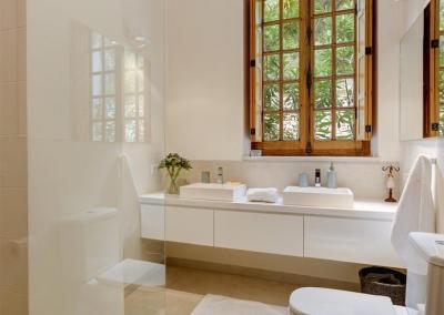 Bedroom #1 & #2 en-suite at Casa Feliz, Frigiliana
