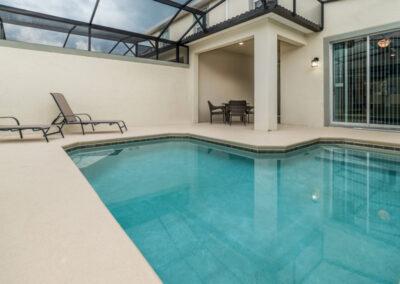 The swimming pool & covered lanai at Championsgate 229, Davenport, Orlando