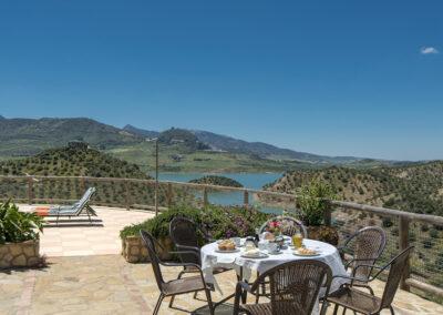 The patio & panoramic views at El Huertecillo, El Gastor