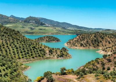 El Huertecillo, El Gastor overlooks the magnificent Embalse de Zahara lake