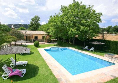 The swimming pool & garden at El Nogal, Ronda