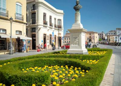 Ronda's historic town centre is a ten-minute drive from El Nogal, Ronda