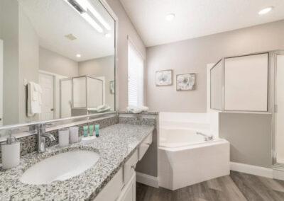 Bedroom #1 en-suite at Emerald Island Resort 18, Kissimmee