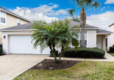 Emerald Island Resort 25 is a luxury four bed, three bath villa for eight in Kissimmee ten mins from Disney. The spacious accommodation includes a private pool with lounge chairs, games room with pool table & onsite sports courts, pools & nature trails.