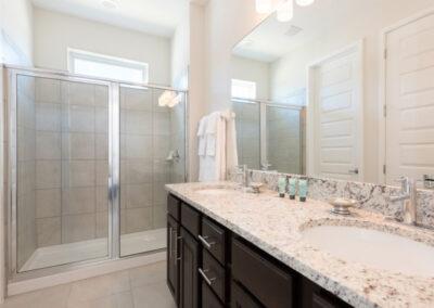Bedroom #1 en-suite at Encore Resort 394, Kissimmee