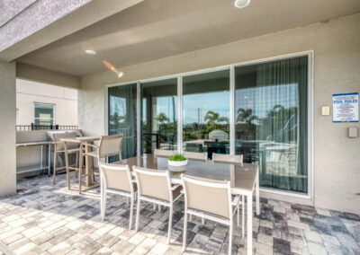 The covered lanai & alfresco dining area at Encore Resort 443, Kissimmee