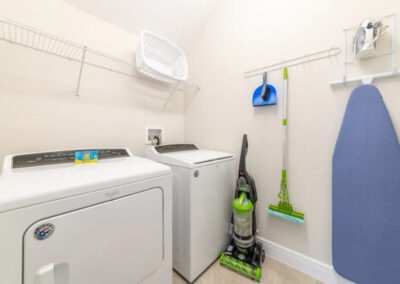 The laundry room at Encore Resort 550, Kissimmee