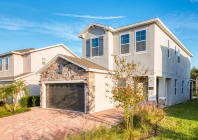 Encore Resort 550, Kissimmee is a modern four bedroom, three bathroom villa with private pool & spa. It has a modern white granite kitchen & spacious open plan living with a games loft & TV area. Ten minutes from Disney, the resort has a water park & restaurants.