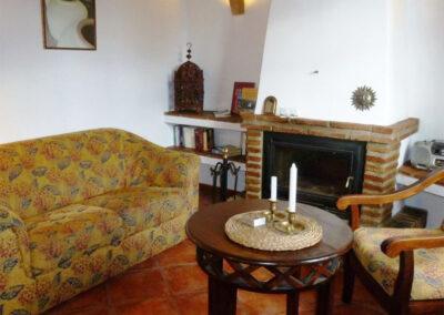 The living area at Finca Lomas de Tienda, Villanueva de la Concepción