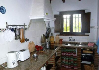 The kitchen at Finca Lomas de Tienda, Villanueva de la Concepción