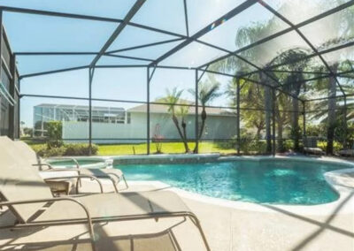 The swimming pool & spillover tub at Formosa Gardens 50, Kissimmee, Florida