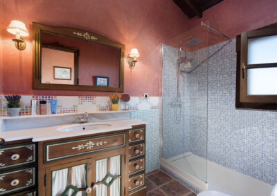 Bedroom #2 en-suite at Hacienda Los Olivos, Ronda