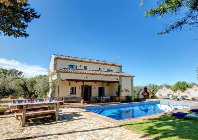 The sun terrace & swimming pool at Hacienda Los Olivos, Ronda