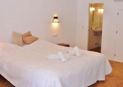 Bedroom #2 en-suite at La Abadesa, Nueva Andalucía