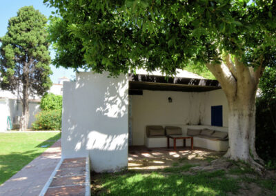 A shady & secluded sitting area at La Abadesa, Nueva Andalucía