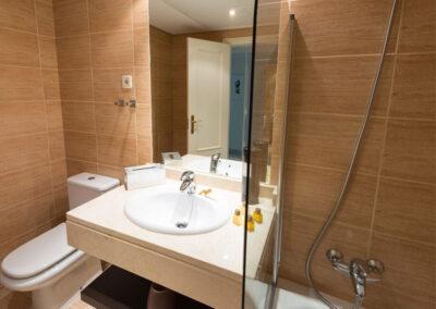 The bathroom at La Dama De Noche, Nueva Andalucía