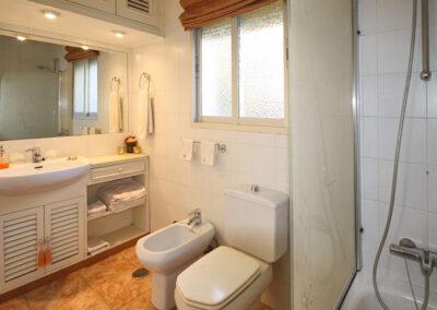 Bedroom #1 en-suite at La Madrugada I, Elviria