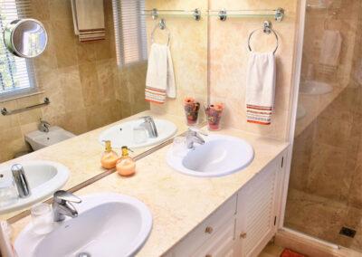 Bedroom #2 en-suite at La Madrugada I, Elviria