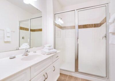 Bedroom #1 en-suite at Providence Resort 61, Davenport, Orlando