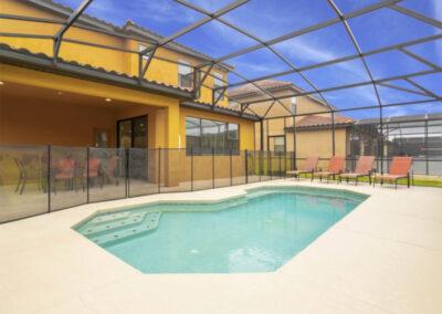The swimming pool at Providence Resort 61, Davenport, Orlando
