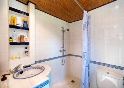 The shower room at Sierravista, Órgiva