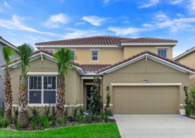 Solterra Resort 353, Davenport is a six bedroom, 4½ bathroom villa with private pool in a resort with Water Park, Lazy River, restaurant and sports courts. The villa has a games room with pool table, TV area & three themed bedrooms. 11 miles from Disney theme parks.
