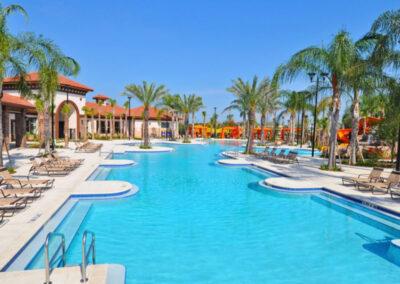 The resort swimming pool at Solterra Resort, Davenport