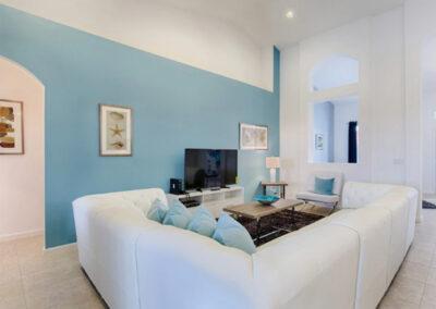 The living room at Solterra Resort 36, Davenport, Orlando