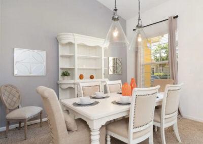 The dining area at Solterra Resort 390, Davenport, Orlando