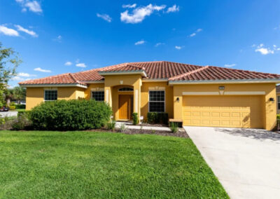 Solterra Resort 390 is an attractive four bed, three bath villa for ten in Davenport with lovely private pool & games room. The resort has an incredible water park with Lazy River, cabanas & clubhouse restaurant / bar. Disney (15 minutes), golf, shops & dining nearby.