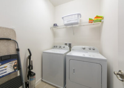 The laundry room at Sonoma Resort 2, Kissimmee
