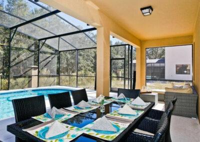 The covered lanai & alfresco dining area at Veranda Palms 10, Kissimmee