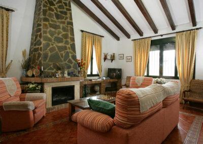 The living area at Villa Alaju, El Gastor