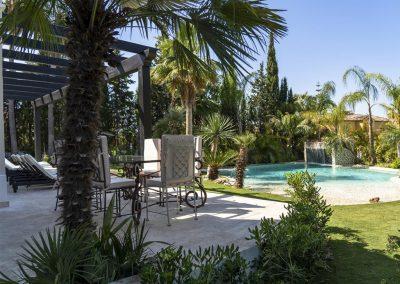 The patio & swimming pool at Villa Alandalus, Nueva Andalucía