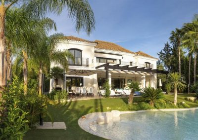 Villa Alandalus, Nueva Andalucía is a spacious eight bedroom, seven bathroom villa with an outstanding zero-entry lagoon pool with floodlights & cascades. Sumptuous sitting room with fireplace flows seamlessly onto furnished terraces. Close to golf & restaurants.