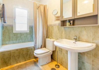 Bedroom #1 en-suite at Villa Albaricoque, Nerja