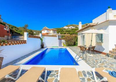 The swimming pool & patio at Villa Albaricoque, Nerja