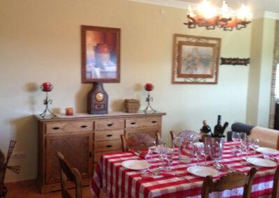 The dining area at Villa Antisa, Villanueva de la Concepción