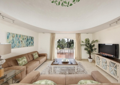 The second living area at Villa Atalaya, Nueva Andalucía