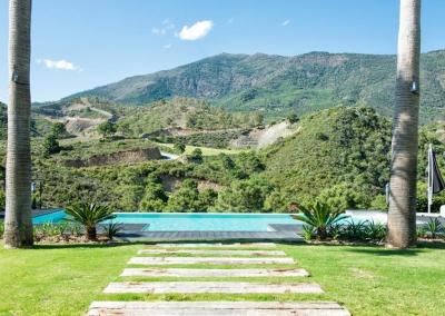 The garden & swimming pool at Villa Bucolico, Benahavís