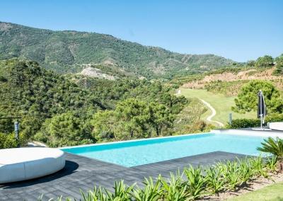 The swimming pool at Villa Bucolico, Benahavís