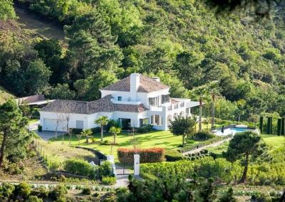 The garden, swimming pool & surrounds at Villa Bucolico, Benahavís