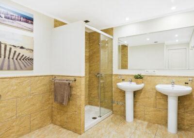 Bedroom #3 en-suite at Villa Calendula, Nueva Andalucía