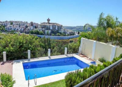 The swimming pool at Villa Eneldo, Fuengirola