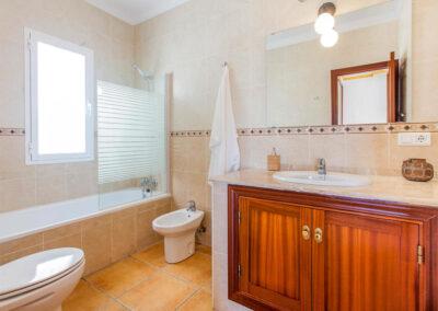 Bedroom #1 en-suite at Villa Lilo, Torrox