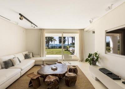 The second living area at Villa Marques, Nueva Andalucía