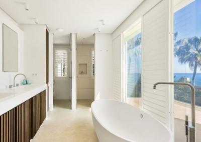 Bedroom #1 en-suite at Villa Marques, Nueva Andalucía