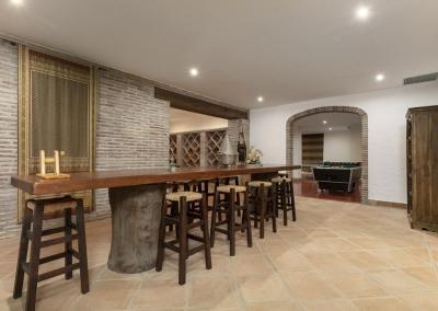 Bodega with wine cellar & bar at Villa Mastranto, El Paraíso